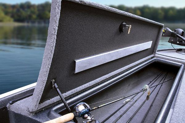 2015 Nitro boat for sale, model of the boat is Z-7 & Image # 21 of 31
