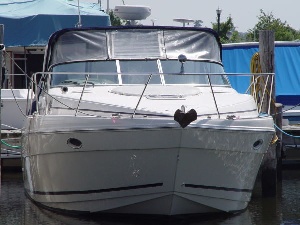 Rinker 340 Fiesta Vee with Two Cabin Express Cruiser