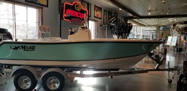 2019 Mako boat for sale, model of the boat is 184 CC & Image # 14 of 28
