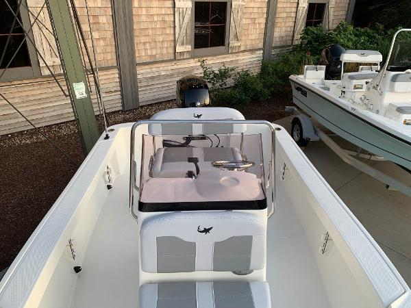 2019 Mako boat for sale, model of the boat is 184 CC & Image # 24 of 28