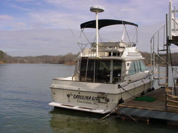 Sea Ray 340 Sedan Bridge Convertible Boats. Listing Number: M-3173439