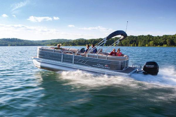 2021 Sun Tracker boat for sale, model of the boat is Party Barge 24 DLX & Image # 5 of 13