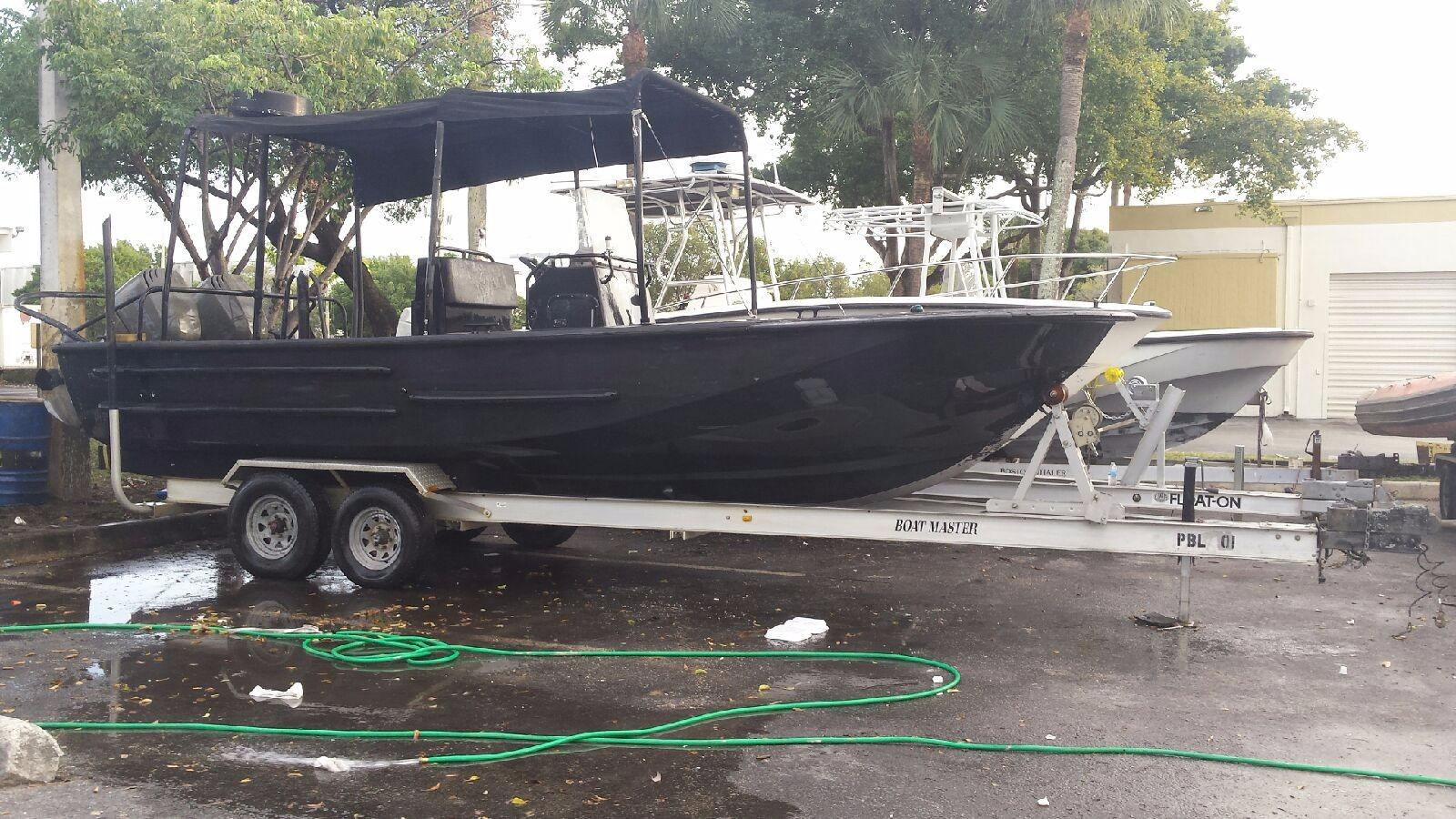 2003 Boston Whaler Guardian 25