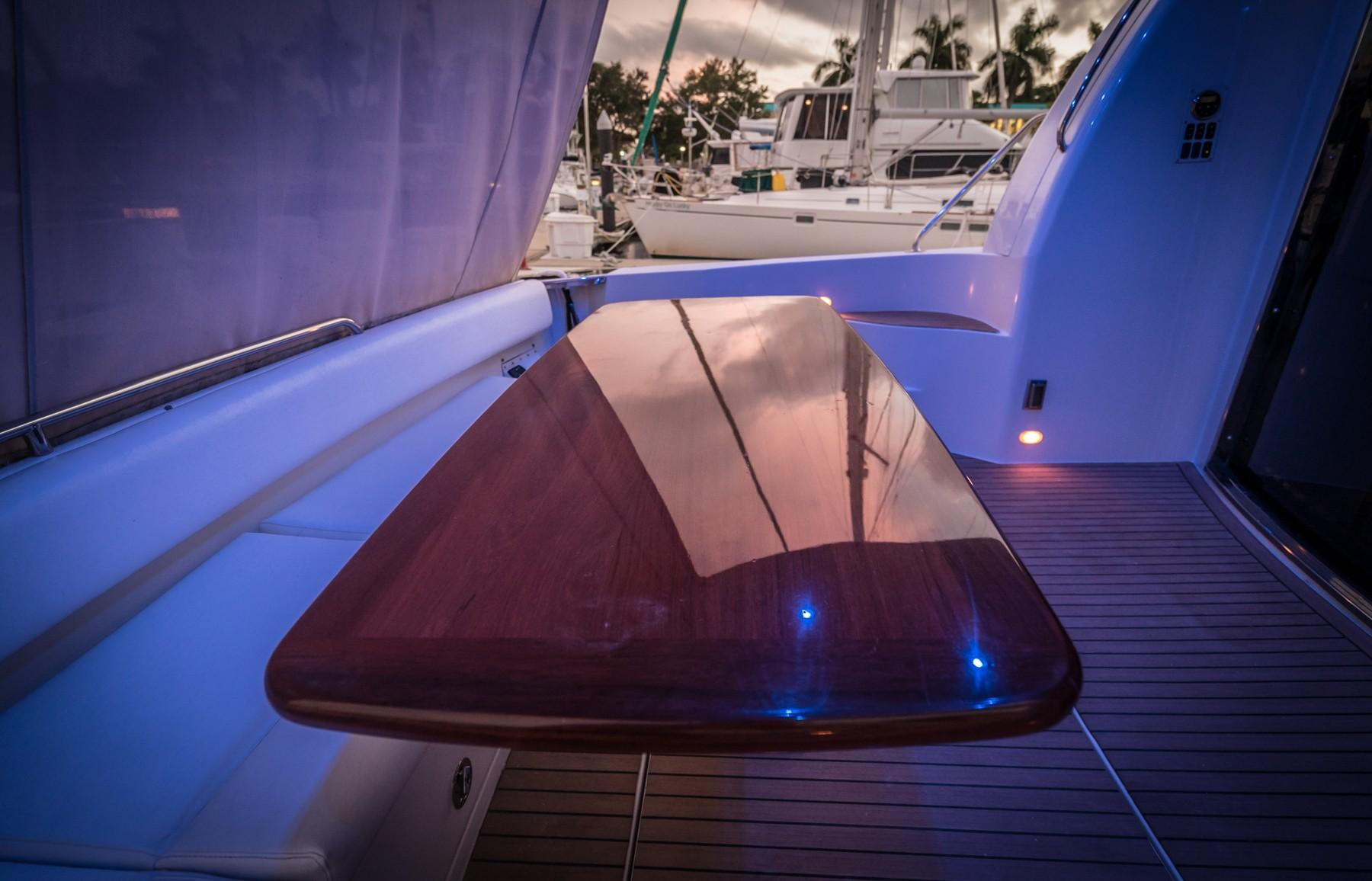 High Gloss Yacht Table
