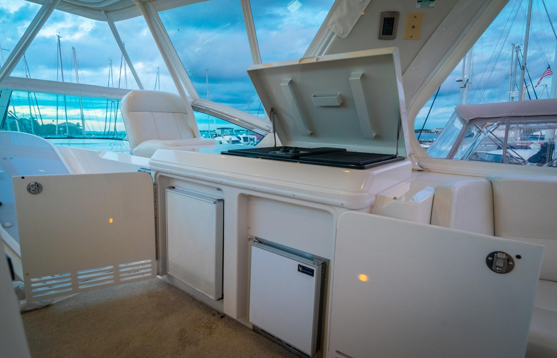Bridge Cooking Station, Grill, Ice Maker, Extra Refrigerator
