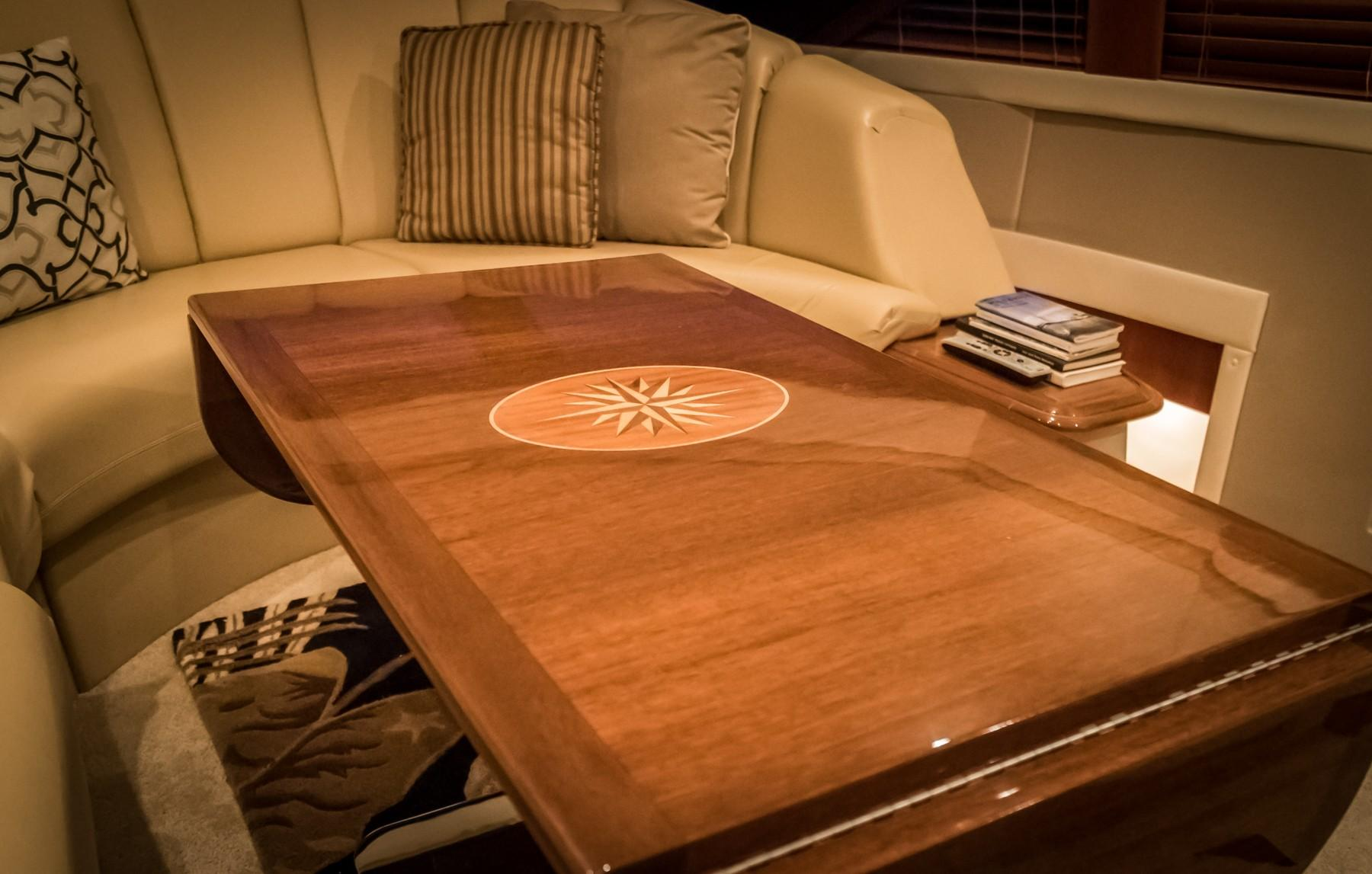 Sky Lounge Compass Rose High Gloss Table