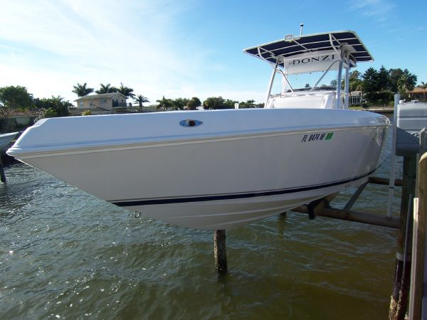 Donzi 32 ZF - Saltwater Fishing. Inventory ID: 3793406. Build Year, 2006