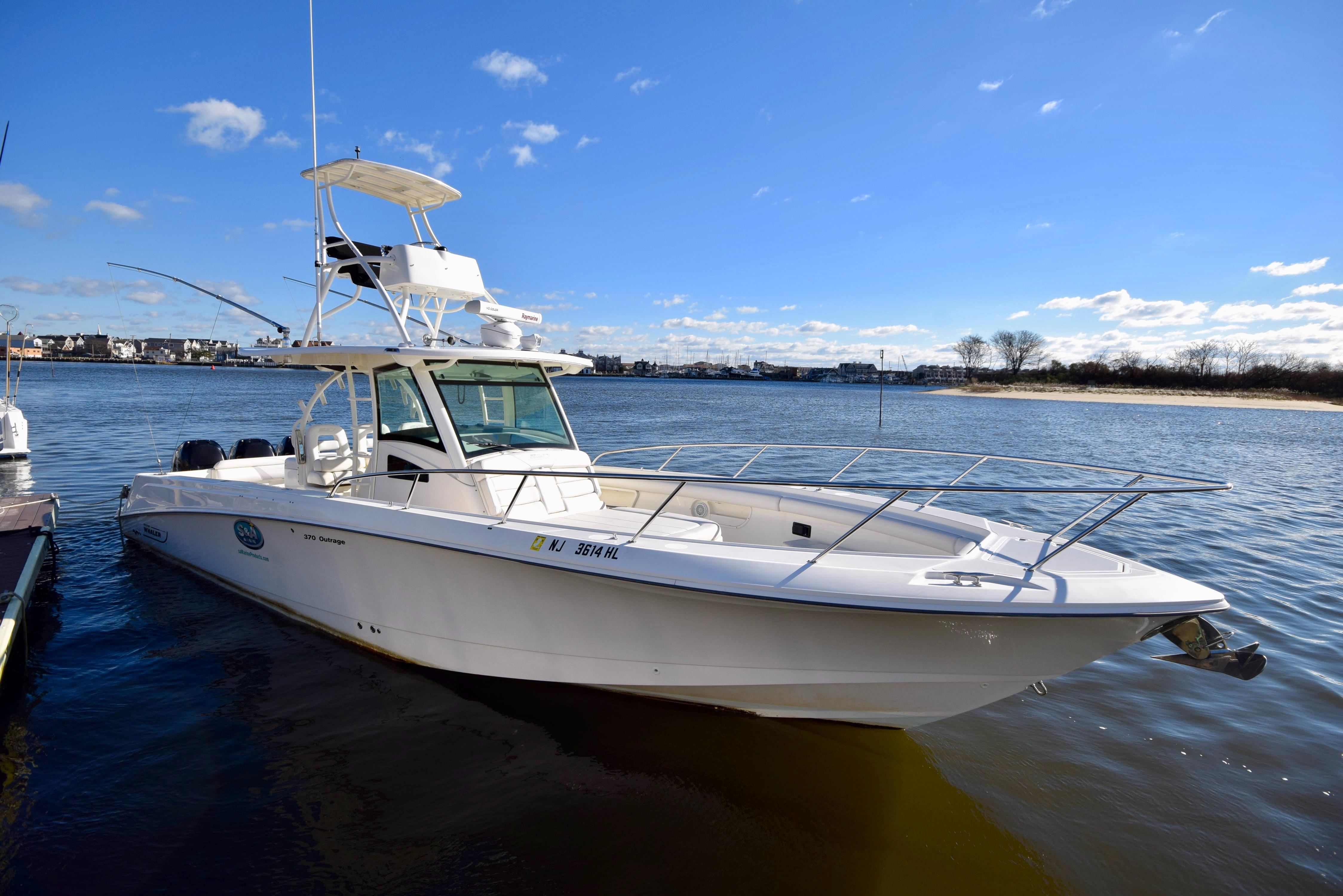 2014 Boston Whaler 370 Outrage Rumson, New Jersey - Global