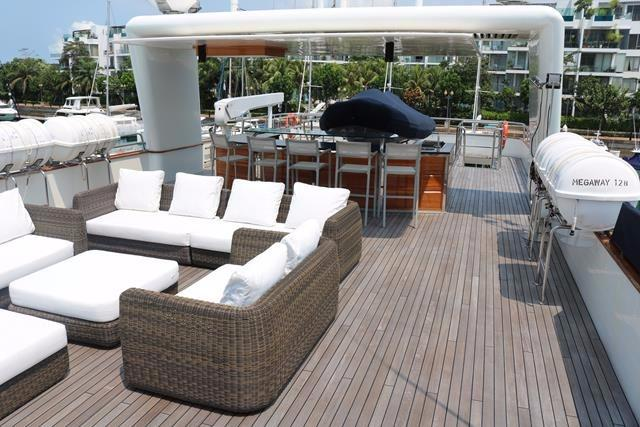 Lounge and bar facing aft