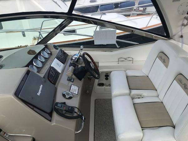 2009 Sea Ray boat for sale, model of the boat is 350 Sundancer & Image # 7 of 19