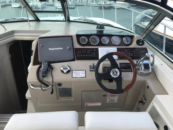 2009 Sea Ray boat for sale, model of the boat is 350 Sundancer & Image # 8 of 19