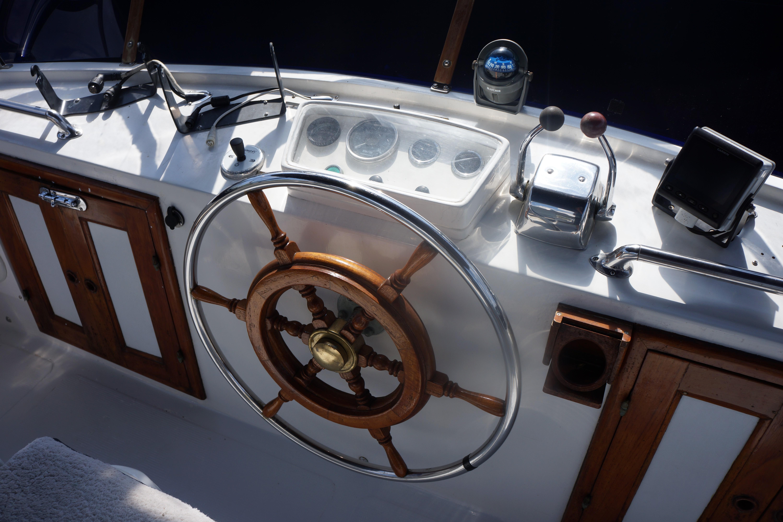 Marine Trader 40 Sundeck - Photo: #29