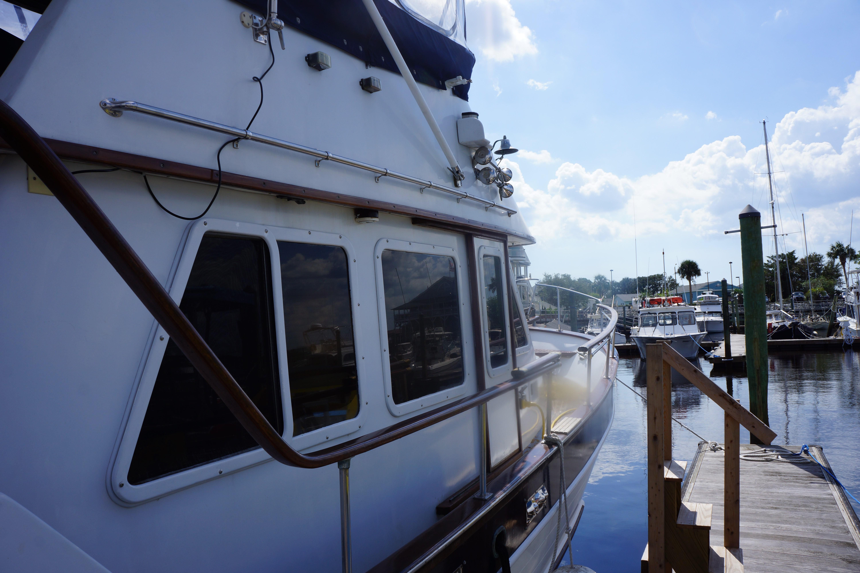 Marine Trader 40 Sundeck - Photo: #15