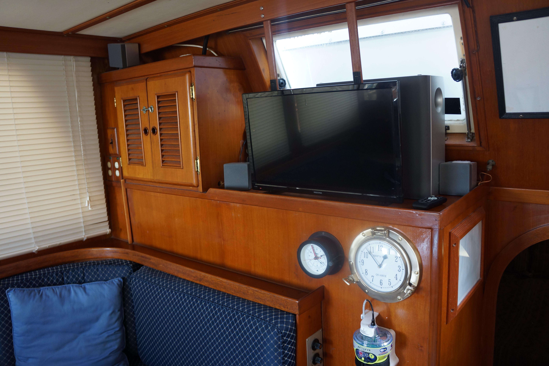 Marine Trader 40 Sundeck - Photo: #43