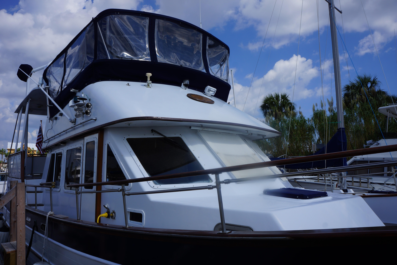 Marine Trader 40 Sundeck - Photo: #9