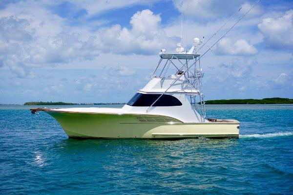 2009 35' Calyber 35 Sportfish Custom Carolina