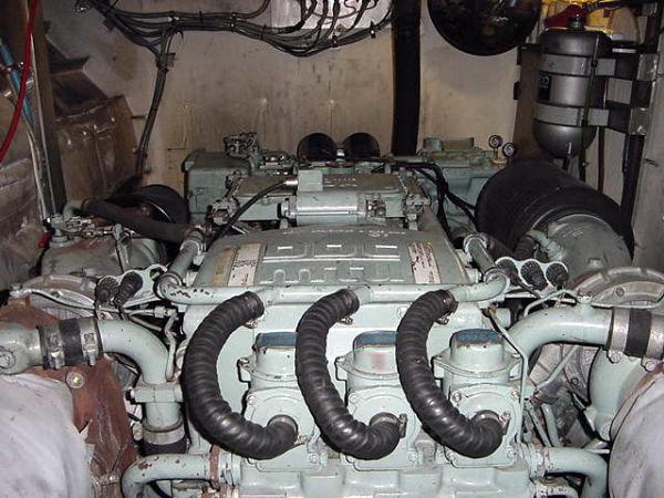 Twin MTU Detroit Diesel