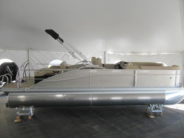 2021 Barletta boat for sale, model of the boat is C22UC & Image # 2 of 25