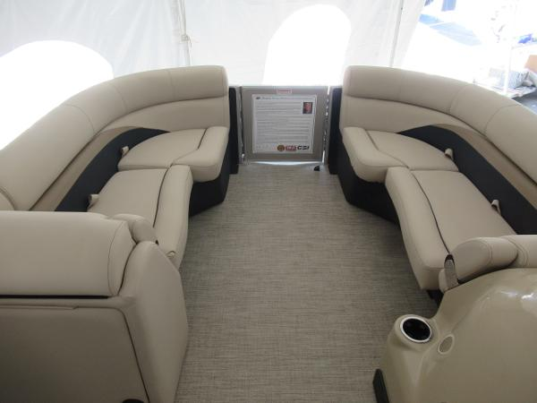 2021 Barletta boat for sale, model of the boat is C22UC & Image # 4 of 25