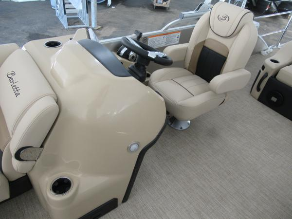 2021 Barletta boat for sale, model of the boat is C22UC & Image # 7 of 25