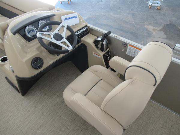 2021 Barletta boat for sale, model of the boat is C22UC & Image # 8 of 25
