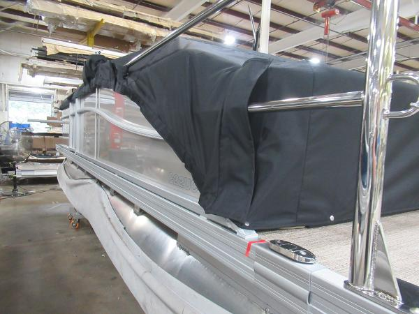 2021 Barletta boat for sale, model of the boat is C22UC & Image # 22 of 25
