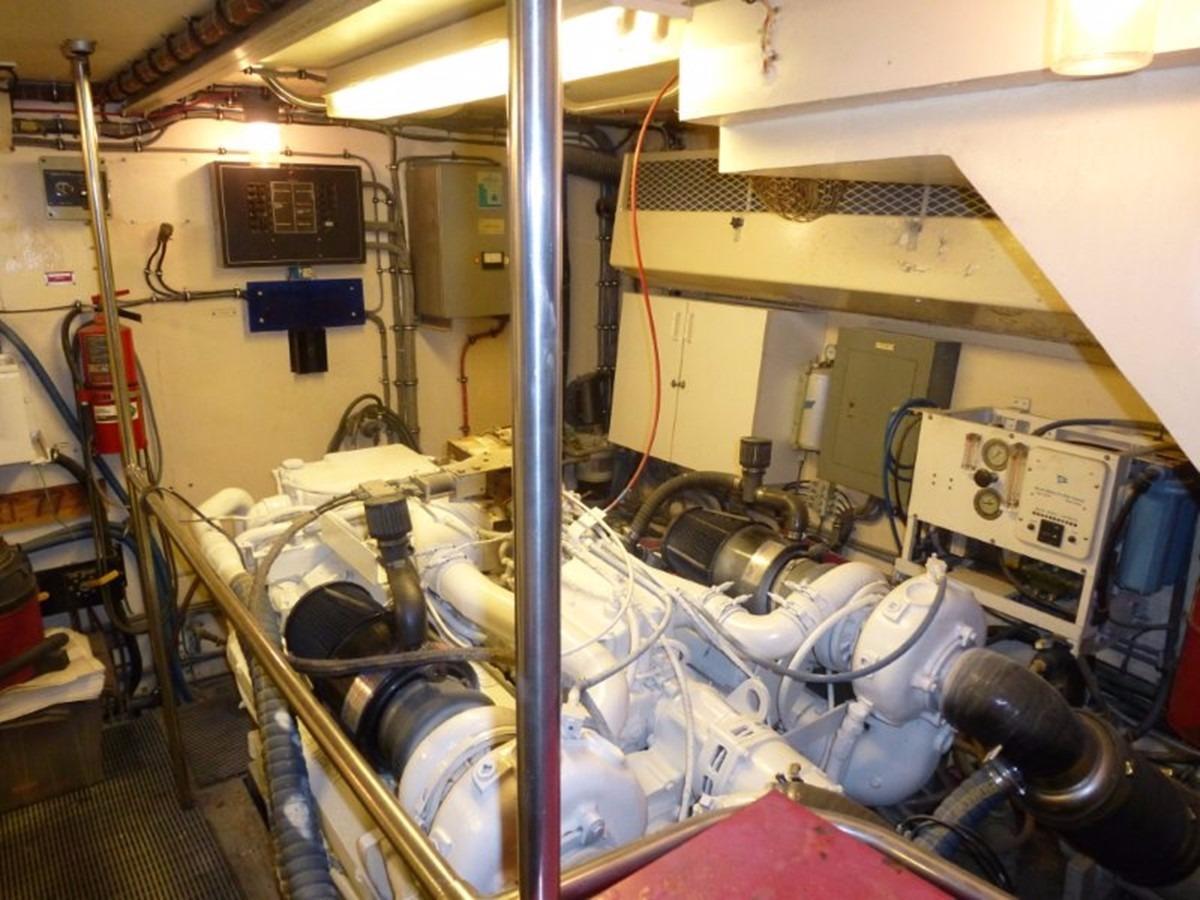 Hatteras 70 Motor Yacht - Engine Room 2