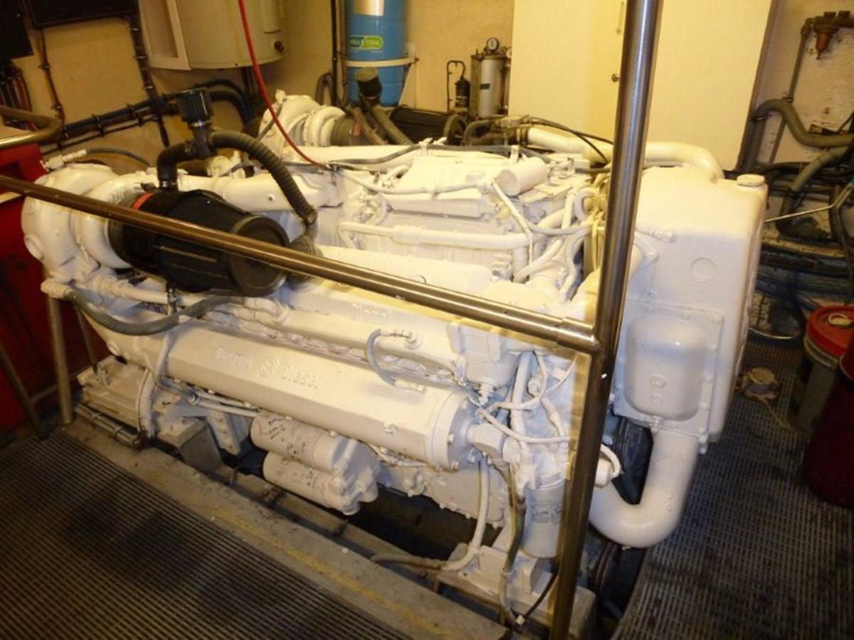 Hatteras 70 Motor Yacht - Port Engine