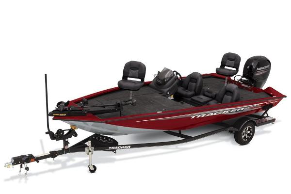 2020 Tracker Boats boat for sale, model of the boat is Pro Team 195 TXW Tournament Edition & Image # 1 of 72