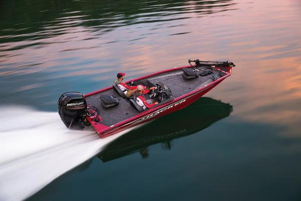 2020 Tracker Boats boat for sale, model of the boat is Pro Team 195 TXW Tournament Edition & Image # 2 of 72