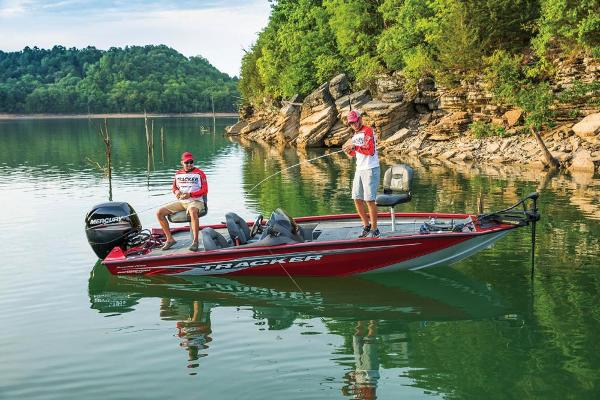 2020 Tracker Boats boat for sale, model of the boat is Pro Team 195 TXW Tournament Edition & Image # 9 of 72