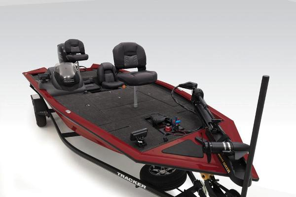 2020 Tracker Boats boat for sale, model of the boat is Pro Team 195 TXW Tournament Edition & Image # 30 of 72