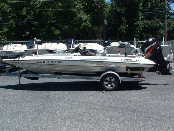 2002 TRITON TR 20 for sale