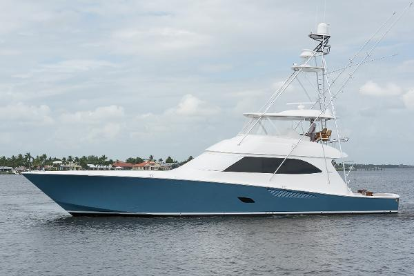 2013 76' Viking 76 Convertible