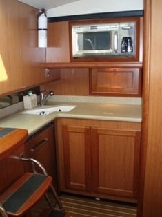 41 Luhrs Galley