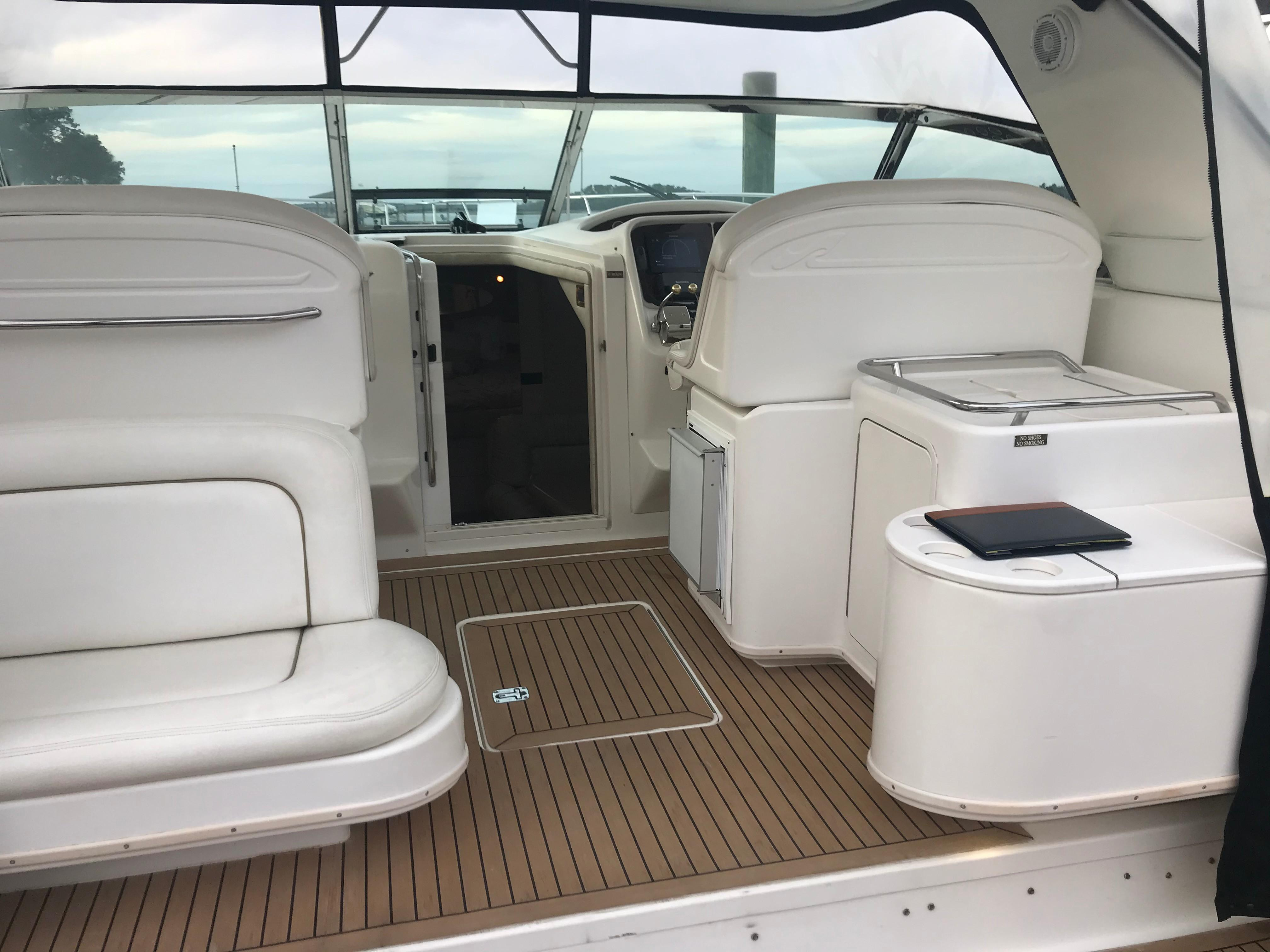 Sea Ray 370 Express Cruiser - Helm deck looking forward