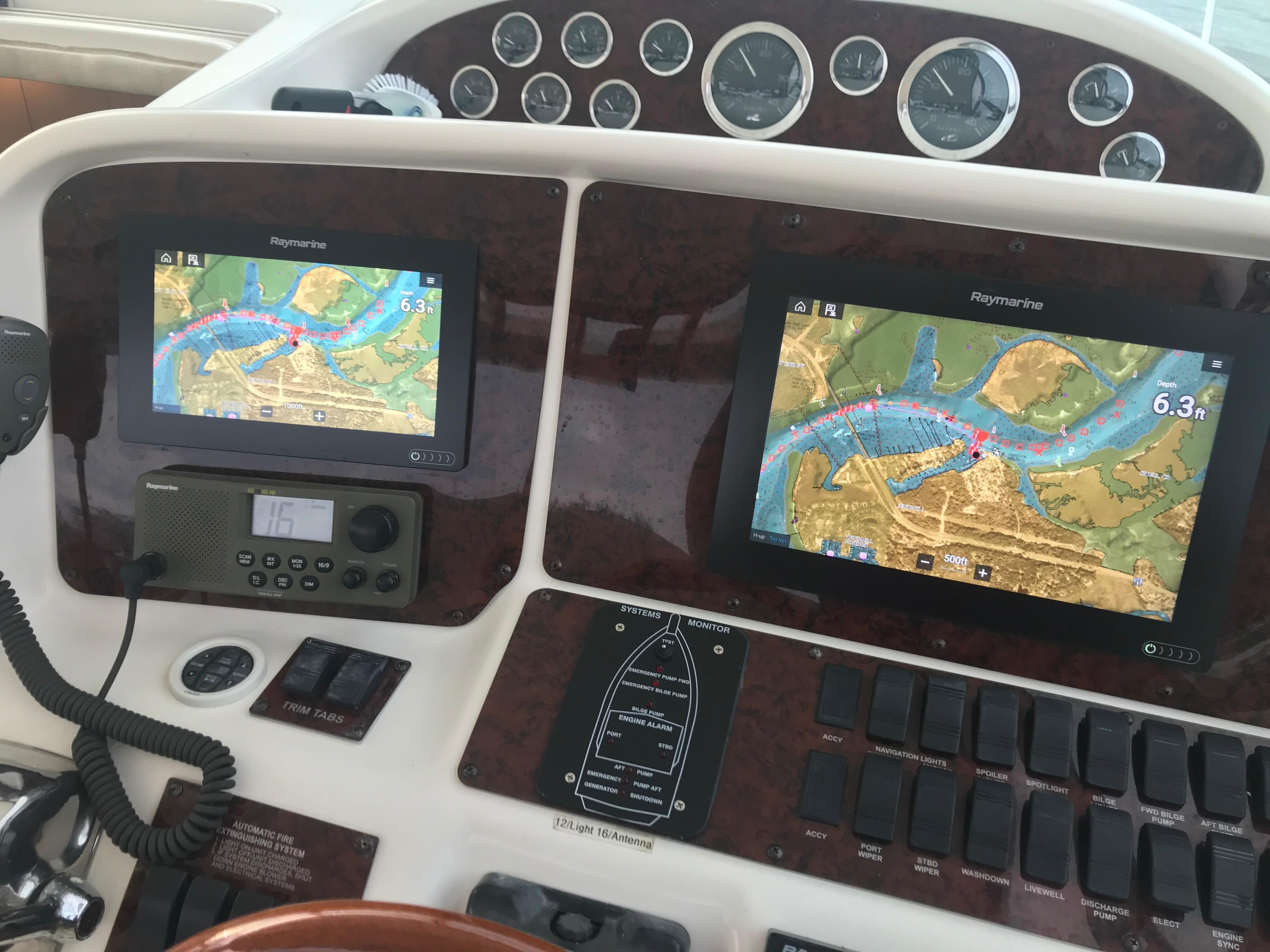 Sea Ray 370 Express Cruiser - Electronics