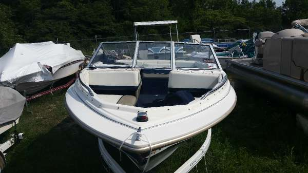 1997 bayliner 1950 capri 1997 bayliner capri boat in mecosta mi 4547098073 used boats on. Black Bedroom Furniture Sets. Home Design Ideas