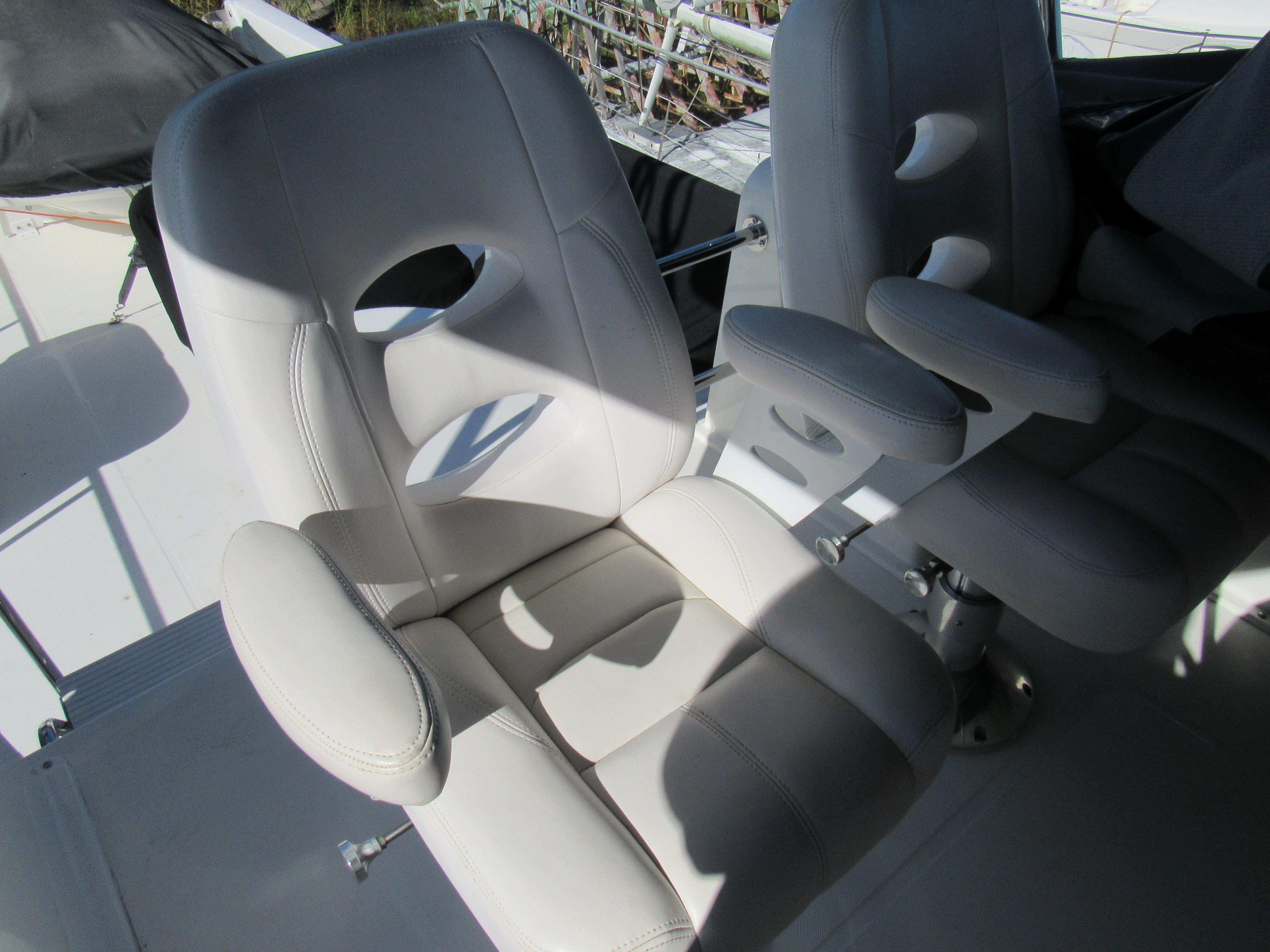 Side by Side Upper Helm Seats
