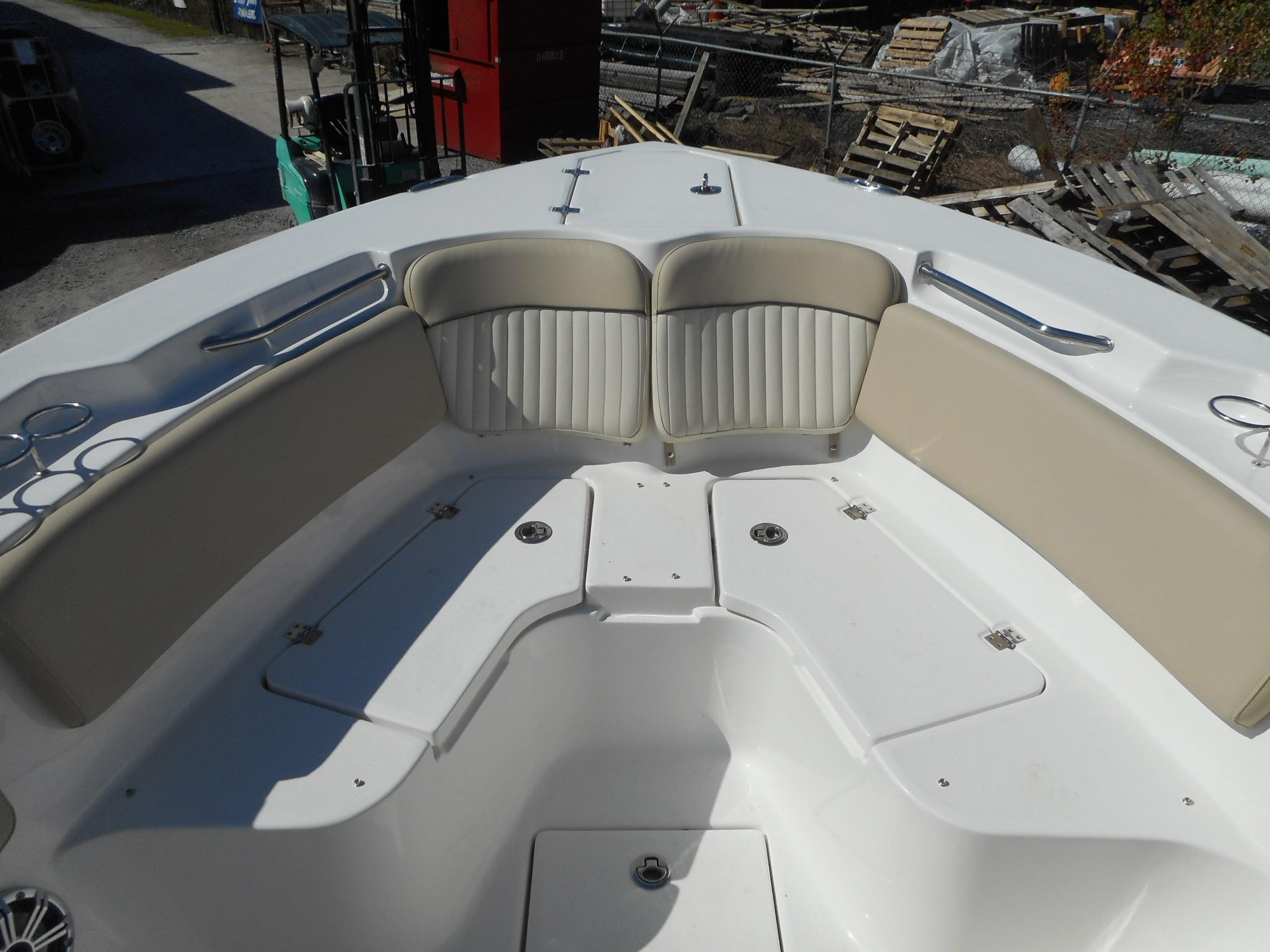 New  2019 26' Sea Fox 266 Commander Center Console in Slidell, Louisiana