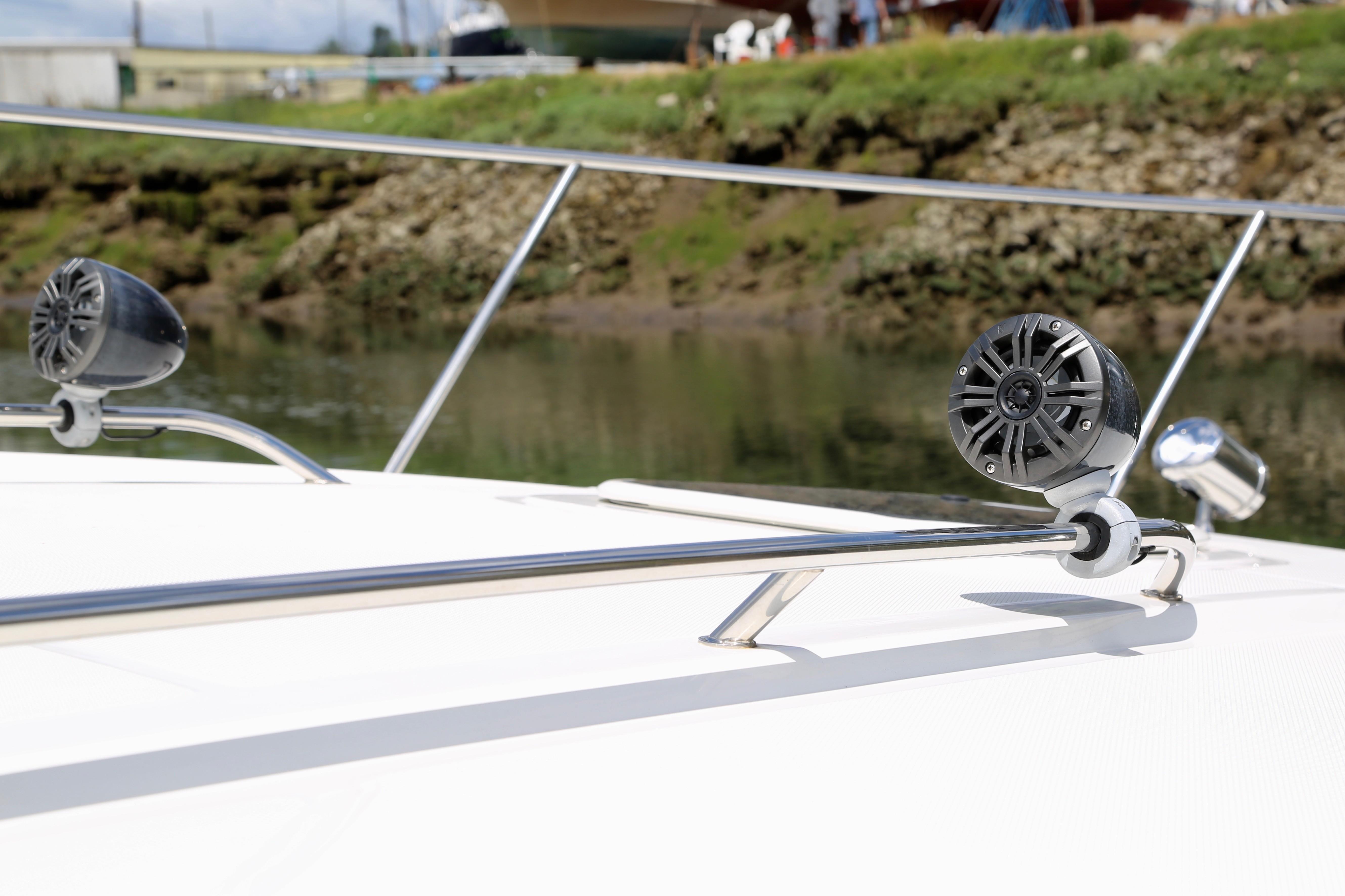 2016 Sea Ray 370 Sundancer