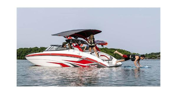2020 Yamaha boat for sale, model of the boat is 242 X E & Image # 8 of 10