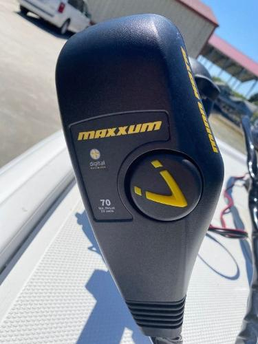 2015 Mako boat for sale, model of the boat is Pro Skiff 17 CC & Image # 2 of 12