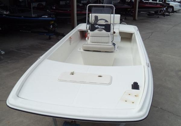 2015 Mako boat for sale, model of the boat is Pro Skiff 17 CC & Image # 7 of 12
