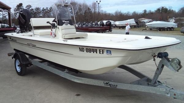 2015 Mako boat for sale, model of the boat is Pro Skiff 17 CC & Image # 8 of 12