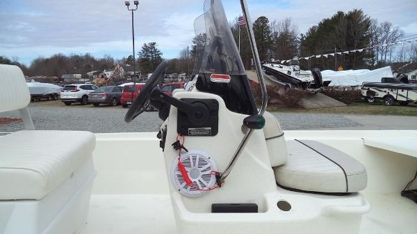 2015 Mako boat for sale, model of the boat is Pro Skiff 17 CC & Image # 9 of 12