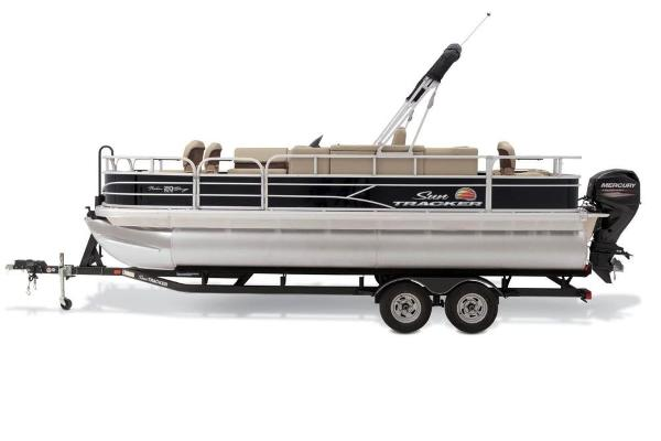 For Sale: 2019 Sun Tracker Fishin' Barge 20 Dlx 21.92ft<br/>Nobles  Marine