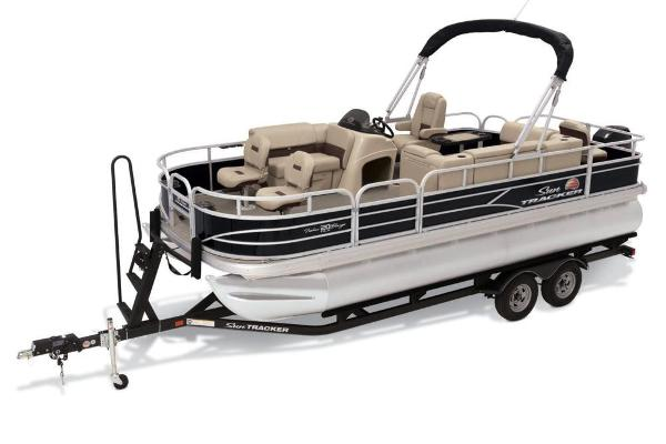 2019 Sun Tracker boat for sale, model of the boat is Fishin' Barge 20 DLX & Image # 2 of 20