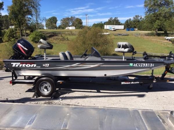 2010 TRITON TC 17 for sale