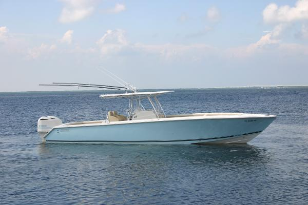 2010 38' Jupiter FS Center Console
